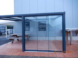 3 Glaswanden 90 cm breed 210 cm hoog totaal 266 cm breed_
