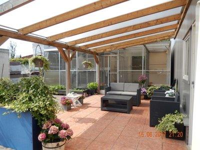 Bovenbouw dak polycarbonaat (9m breed en 4m diep) - Helder(lichtdoorlaten 75%)