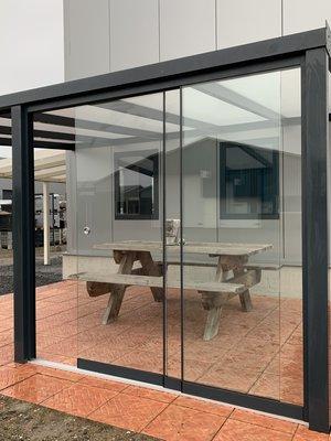 5 Glaswanden 90 cm breed 230 cm hoog totaal 442 cm breed