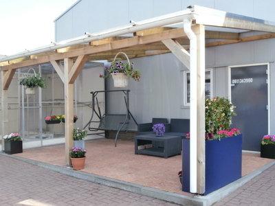Bovenbouw dak polycarbonaat (6m breed en 1,5m diep) - Helder(lichtdoorlatend 75%)