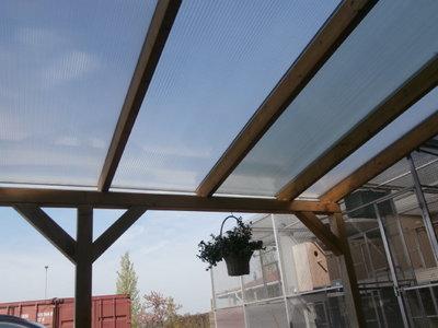Bovenbouw dak polycarbonaat (6m breed en 2m diep) - Helder(lichtdoorlatend 75%)