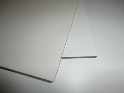 Trespa 6 mm. 1,22/2,44 cm. Creme (Ral.9001)