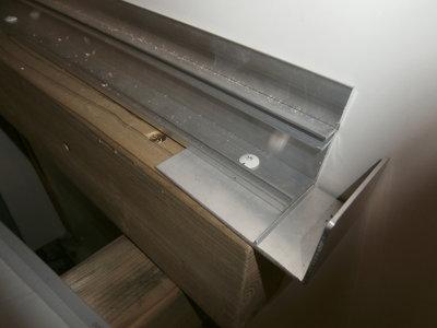 Aluminium zijprofiel met rubber (Bruut)